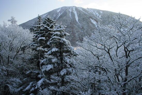 20,11,26 男体山@竜頭の滝2b.jpg