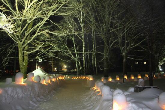 21,2,27 雪灯里祭り3-7b.jpg