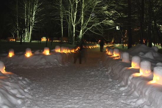 21,2,27 雪灯里祭り1-1b.jpg