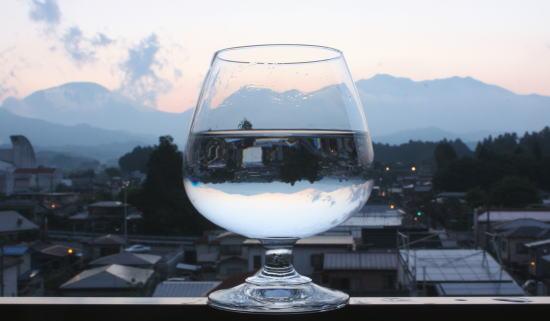 21,6,1 グラスの中の連山 3-2b.jpg