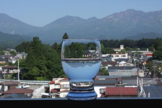 21,6,2 グラスの中の連山 1-4b.jpg
