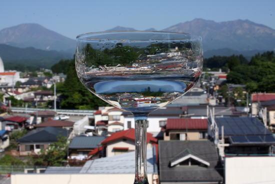 21,6,2 グラスの中の連山 2-4b.jpg
