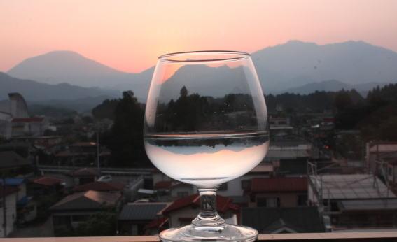 21,6,26 グラスの中の連山3-7b.jpg