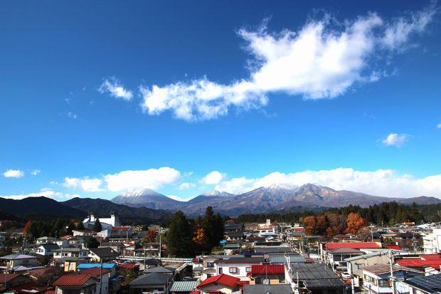 28,11,28 冠雪連山と紅葉1-5b.jpg