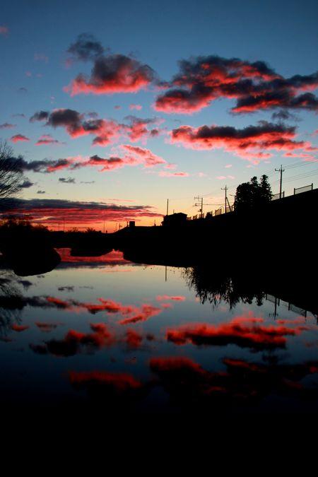 28,12,08日の出の連山鏡像2-4b.jpg