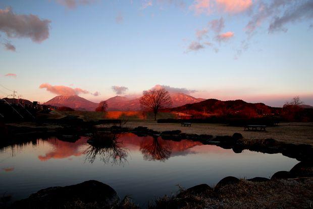 28,12,08日の出の連山鏡像3-9b.jpg