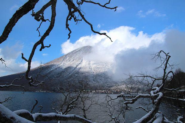 28,3,12 男体山の霧氷2-4b.jpg