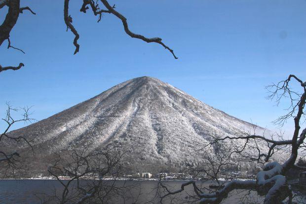 28,3,13男体山の霧氷3-5b.jpg