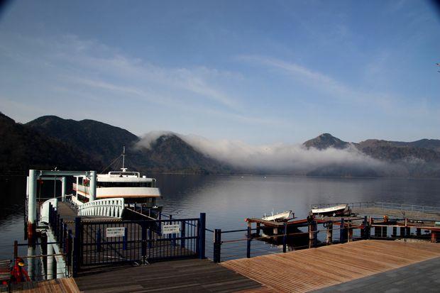 28,5,3 中禅寺湖の不思議な霧1-6b.jpg