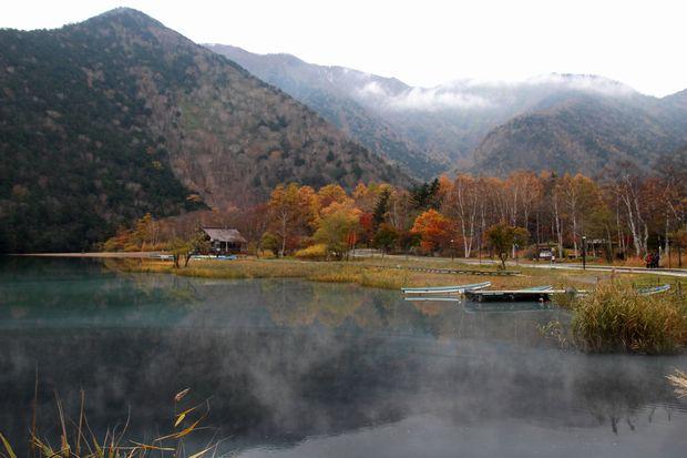 29,10,28 湯の湖晩秋1-4b.jpg
