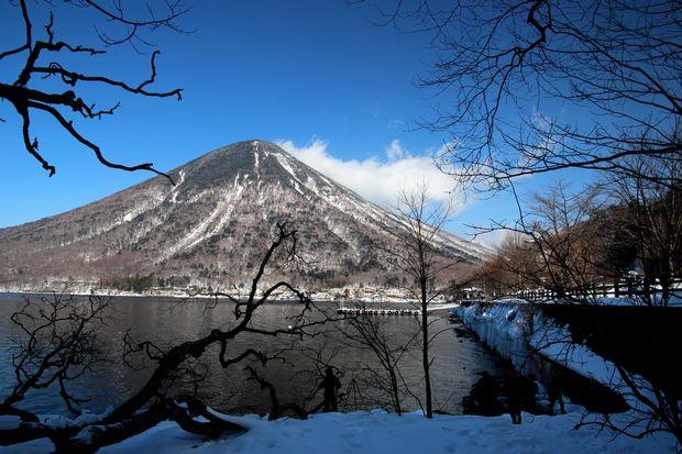 29,1,29 歌が浜の男体山1-8b.jpg
