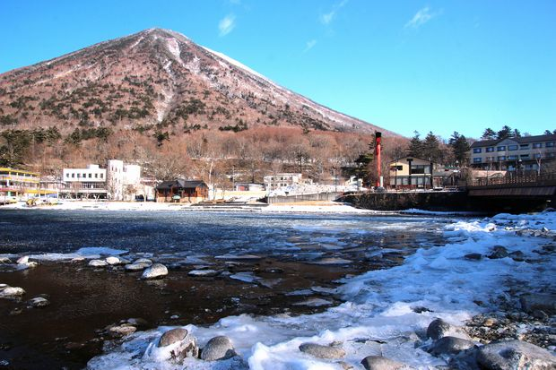 30,2,11男体山と氷8-2b.jpg