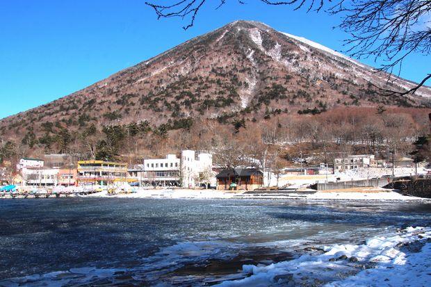 30,2,11男体山と氷9-4b.jpg