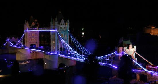 20,11,29 TWS ロンドン橋1b.jpg
