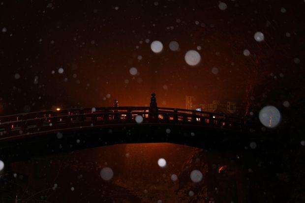 31,2,9 吹雪の神橋2-2b.jpg
